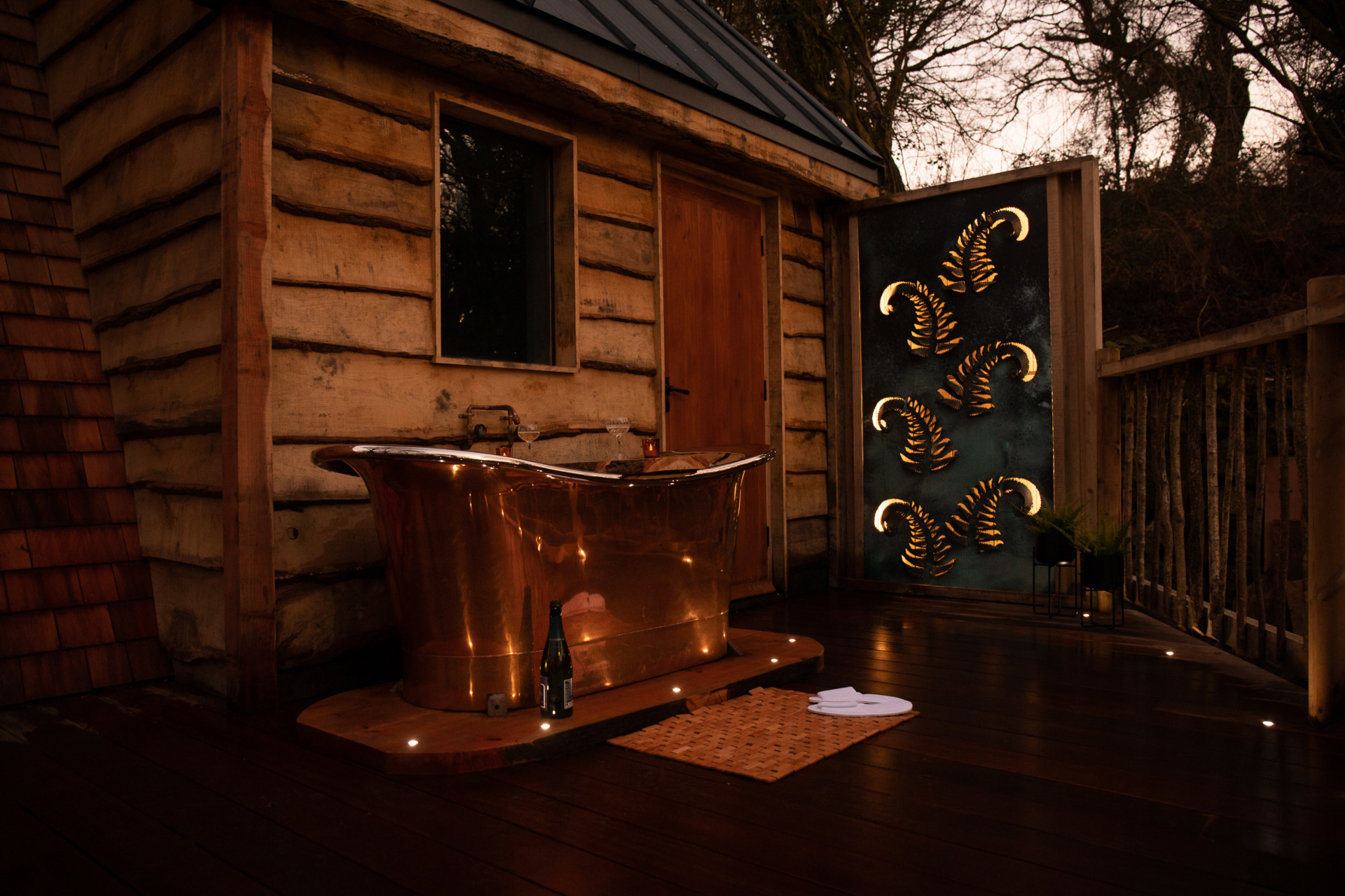 Luxury Treehouse with Outdoor Bath | The Hudnalls Hideout